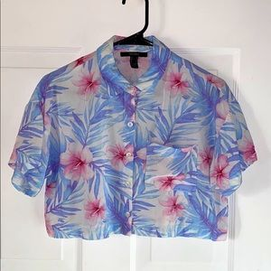 🌺 Hawaiian cropped button up shirt